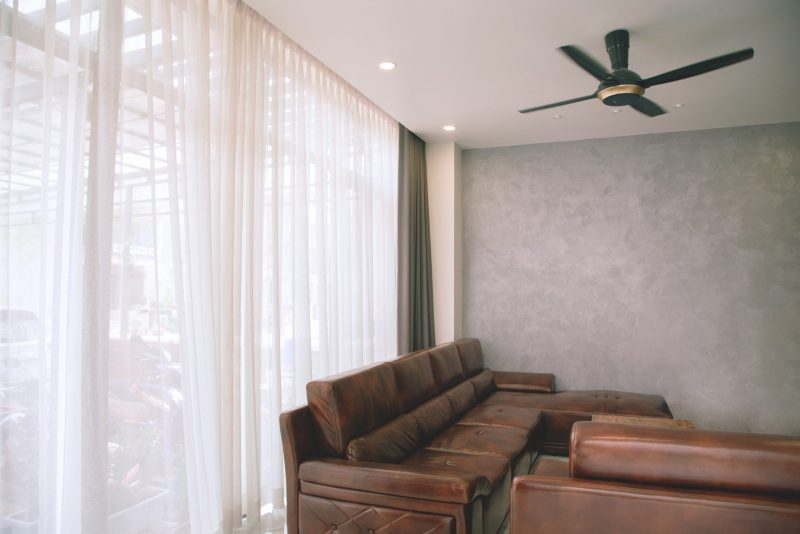 economically keep your home cool with a ceiling fan